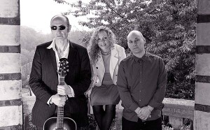 With laurence, Joined by Canadian accompanist Larry Davids on lead guitar and Scottish singer Hannah Robertson